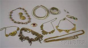 395: Small Group of Costume Jewelry, including a strand