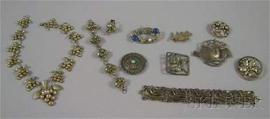 471 Group of Mostly Sterling Silver Jewelry including