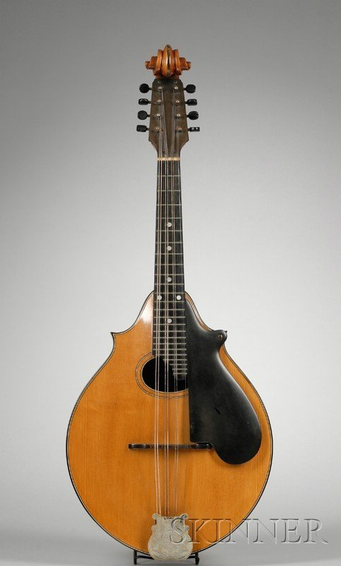 6: American Mandola, Lyon & Healy, Chicago, c. 1920, la
