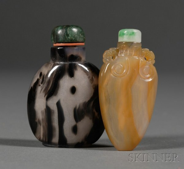504: Two Agate Snuff Bottles, one black and white, the
