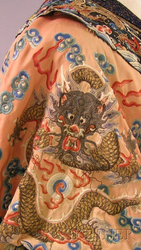 919: Chinese Silk Embroidered Coat. - 4