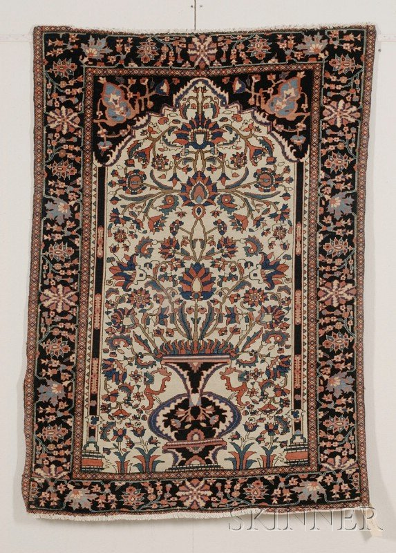 16: Fereghan-Sarouk Prayer Rug, West Persia, late 19th