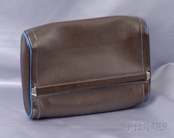 15: Leather Toiletries Bag, Hermes, the supple brown le