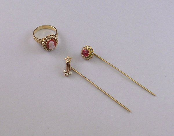 Three Antique Gold Jewelry Items, an 18kt gold, di