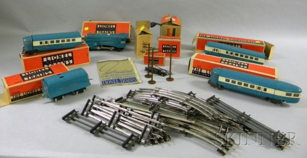 844A: Several Pieces of Lionel Trains with Tracks, incl