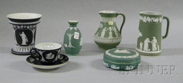 15: Seven Wedgwood Jasper Dip Items, a black footed vas