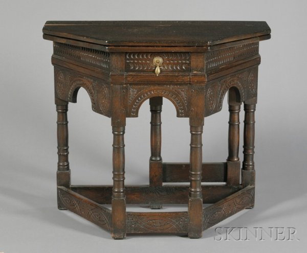 506: Gothic-style Oak Flip-top Table, early 20th centur