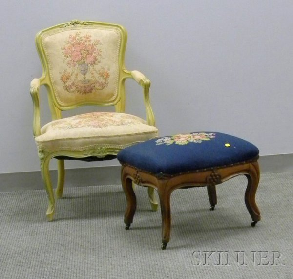 513: Louis XV Style Upholstered Painted Carved Wood Ber