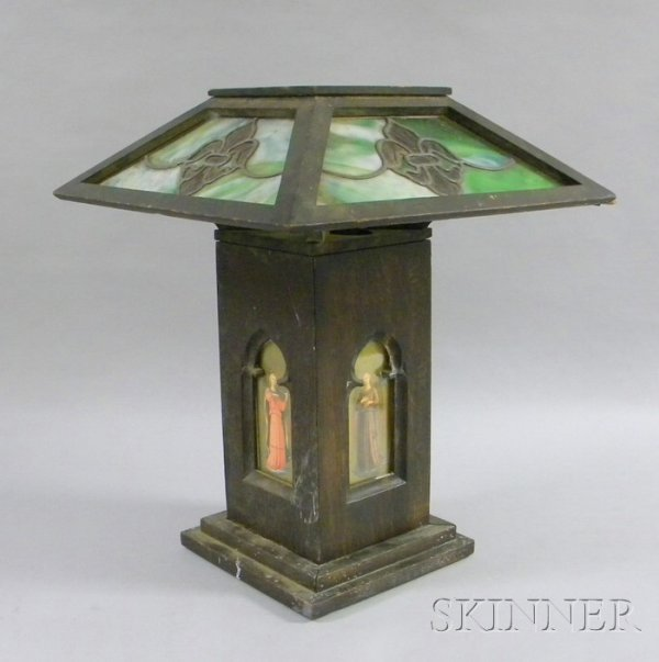 959: Early Arts & Crafts Oak and Leaded Glass Table Lam