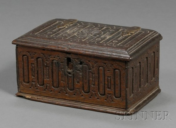 1: Connecticut Carved White Oak Box, attributed to Thom
