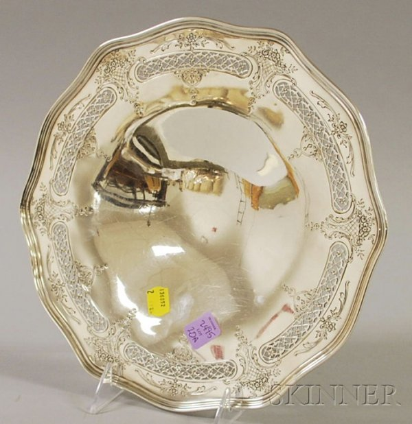 20A: Frank Whiting Sterling Silver Cake Tray, with reti