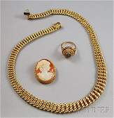 257 Three 14kt Gold Jewelry Items an Italian necklace