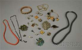 280A Group of Assorted Jewelry Items including an 18k