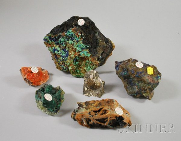 517: Five Assorted Geodes and an Ammonite.
