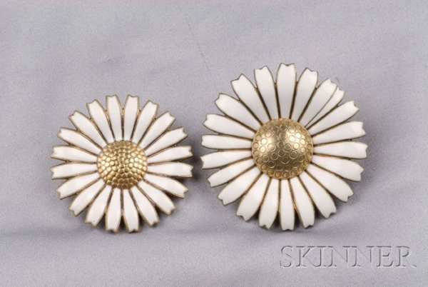 15: Two Gilt Sterling Silver and Enamel Daisy Brooches,