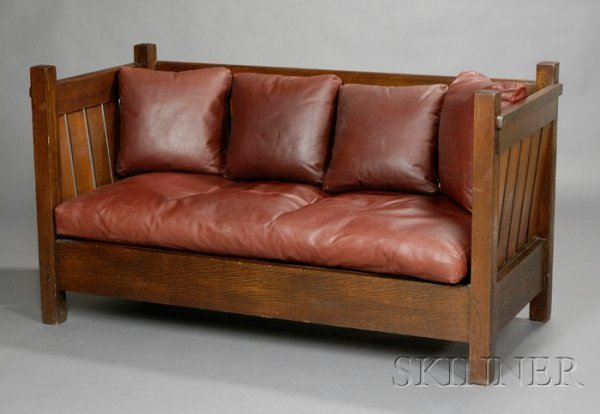 7: Arts & Crafts Even Arm Settle Oak Early 20th century