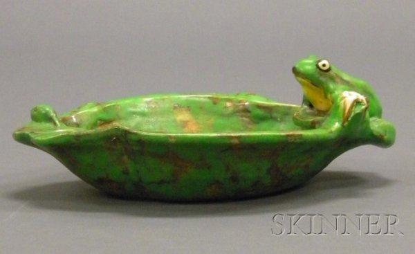 17: Weller Pottery Coppertone Frog Bowl Glazed earthenw