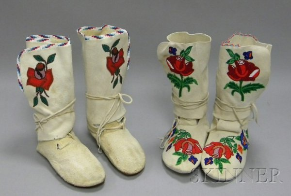 22: Two Pairs of Native American Floral Decorated Beade