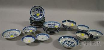 697 Assembled Group of Chinese Export Canton Porcelain