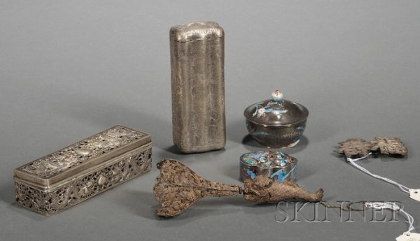 690: Five Chinese Export Silver Articles, late 19th/ear