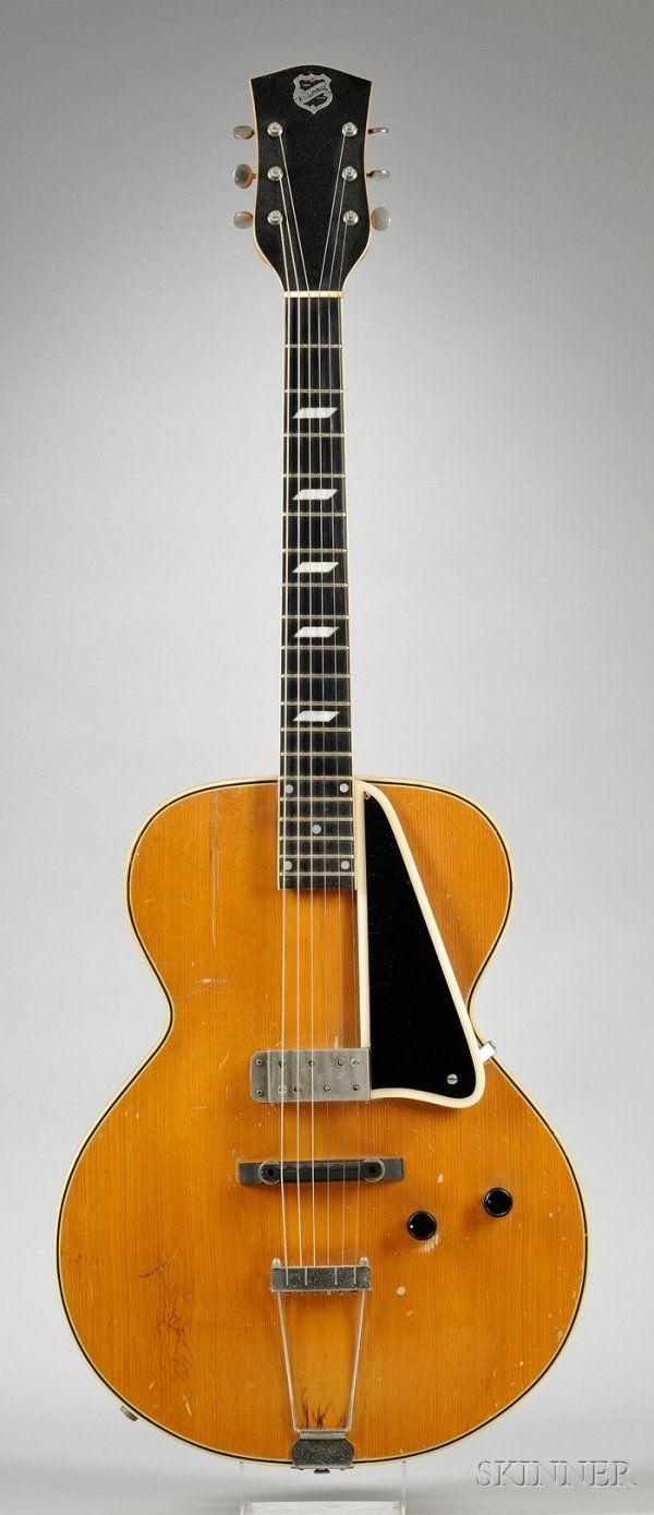 24: American Guitar, The National Valco Company, Model