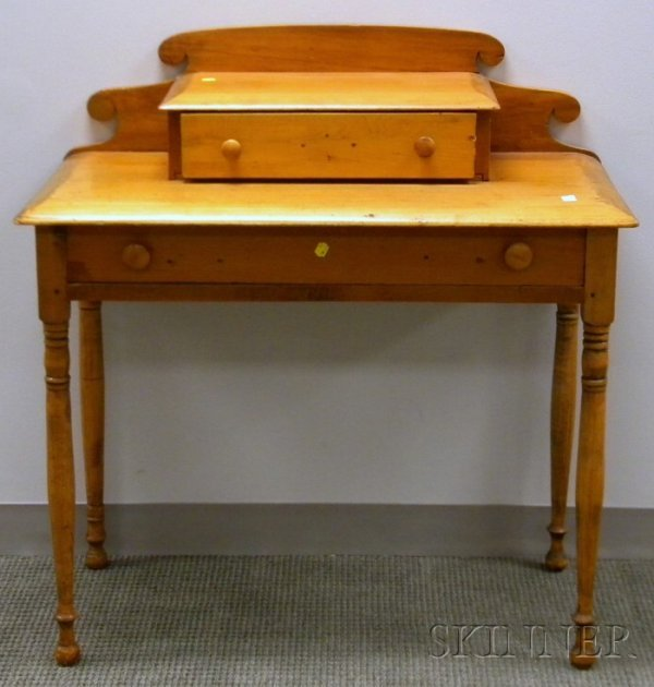 506: Country Pine Dressing Table.