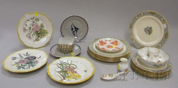 512: Group of Assorted European and Asian Porcelain Tab