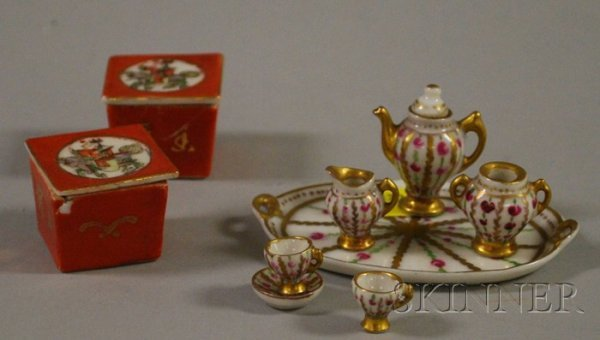 516: Small Group of Miniature Decorative Items, a parti