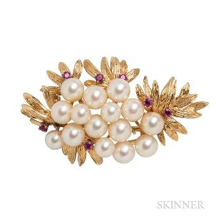 14kt Gold and Cultured Pearl Brooch