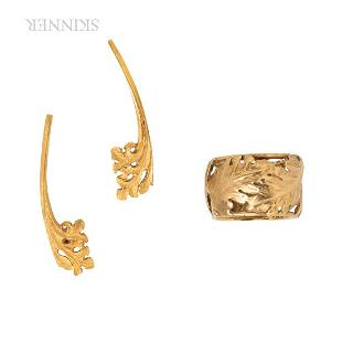 18kt Gold Foliate Ring and Earrings