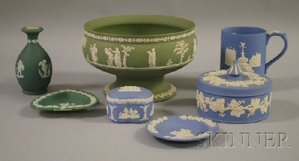 501: Seven Pieces of Wedgwood Light Blue and Green Jasp
