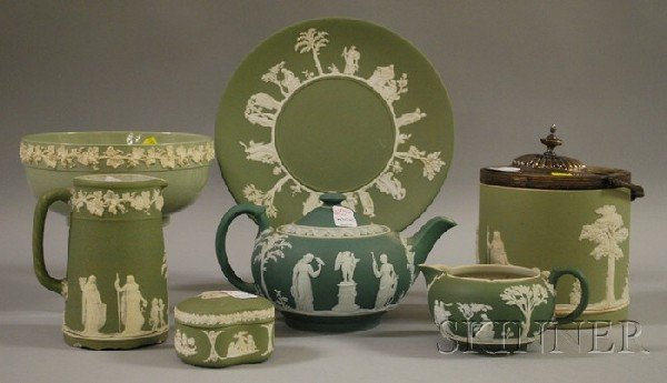 516: Six Wedgwood Green Jasperware Items and a Queen's