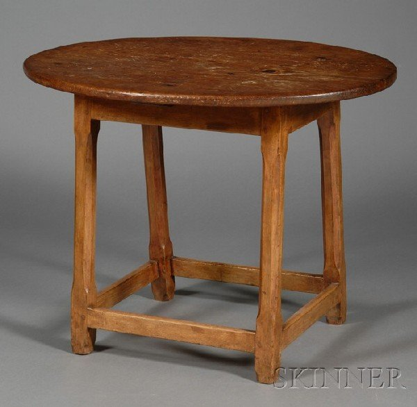 523: Pine and Maple Oval-top Tavern Table, northern New