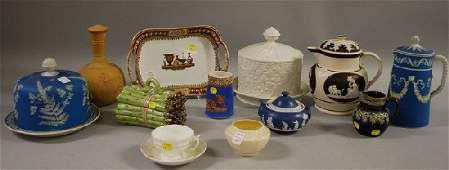 1038: Twelve Assorted Decorated Ceramic Items, jasper c