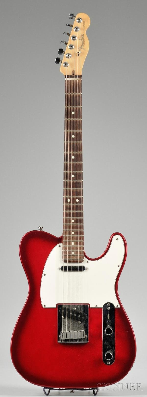 19: American Electric Guitar, Fender Musical Instrument