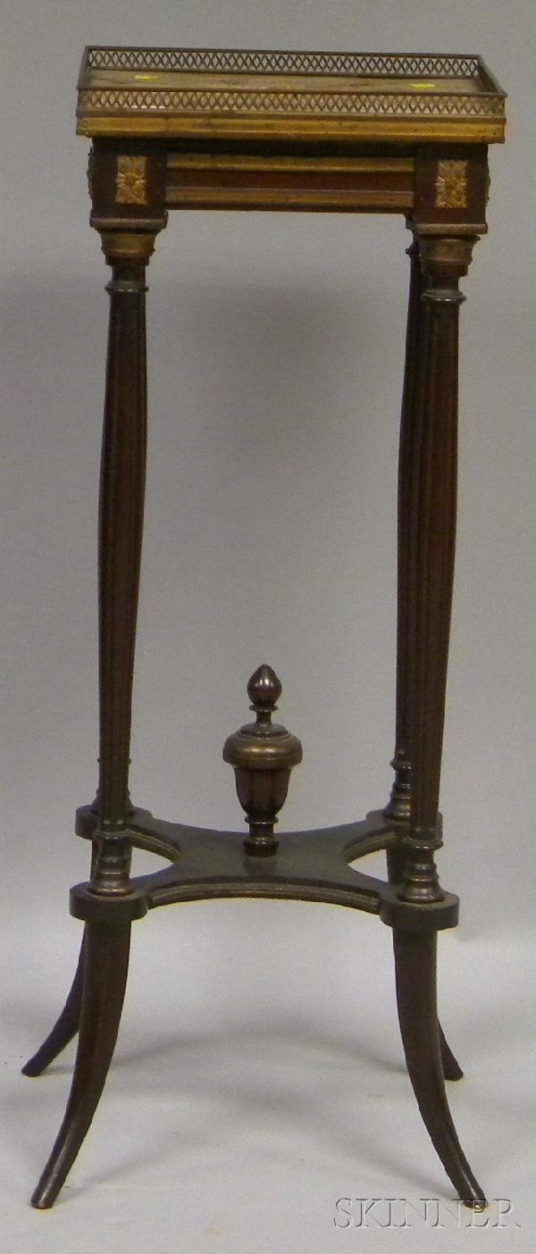 521: French-style Gilt-metal-mounted Marble-top Mahogan
