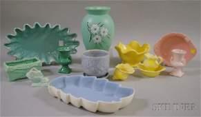 866: Twenty-four Pieces of Assorted Art Pottery, includ