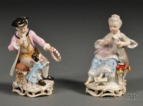1141: Pair of Meissen Porcelain Figures of a Girl and B