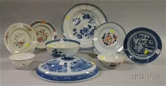 932 Ten Assorted Chinese Export Porcelain Table Items