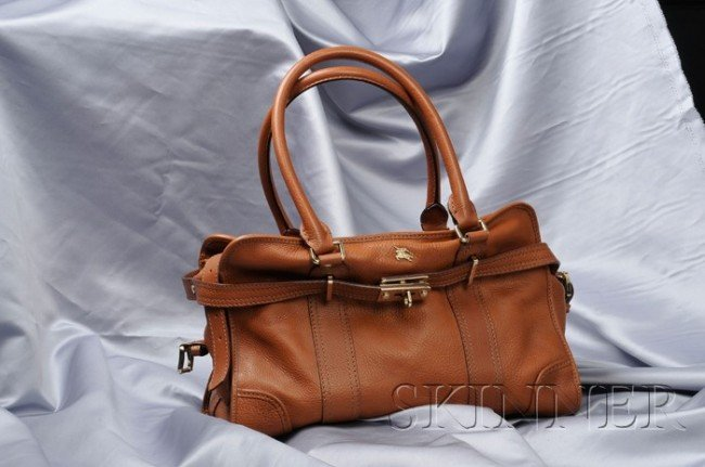 9: Brown Leather Bag, Burberry, with goldtone metal har