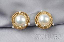 625 18kt Gold Mabe Pearl and Diamond Earclips Schlum