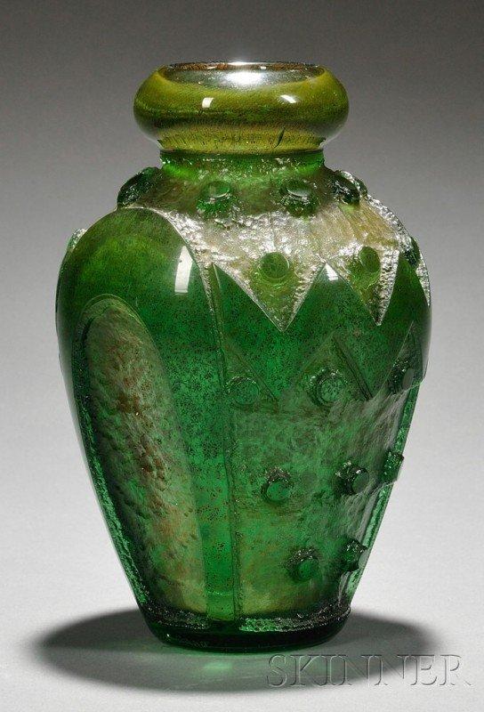397: Daum Art Deco Vase Art glass Nancy, France Thick l