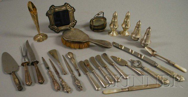 22: Group of Miscellaneous Sterling Silver Items, a Mex