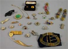 392: Small Group of Antique Jewelry, including a number