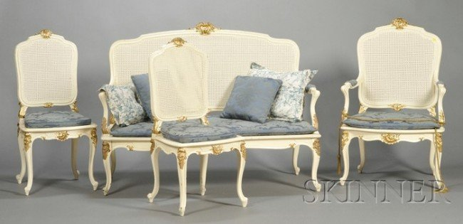 507: Louis XV-style Painted and Parcel-gilt Seating Sui