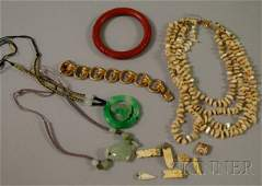 183 Small Group of Assorted Jewelry including a 14kt