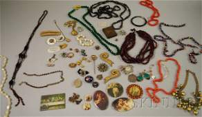 199 Small Group of Victorian and Later Costume Jewelry