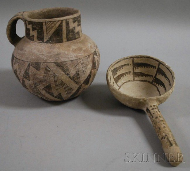 660: Anasazi Pottery Pitcher and Ladle, arrow decorated