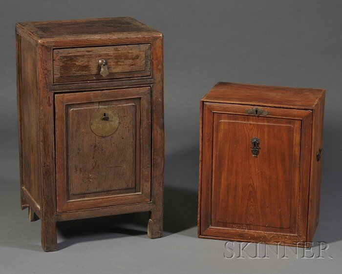 257: Two Cabinets, China, early 20th century, both rect