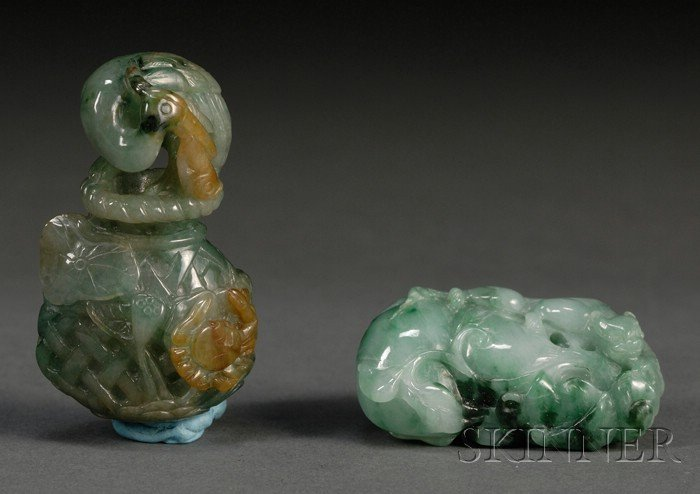 987: Two Jade Carvings, a pendant in the shape of a dou
